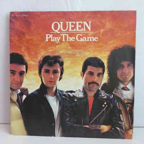 VINYL 45 T queen play the game  1980